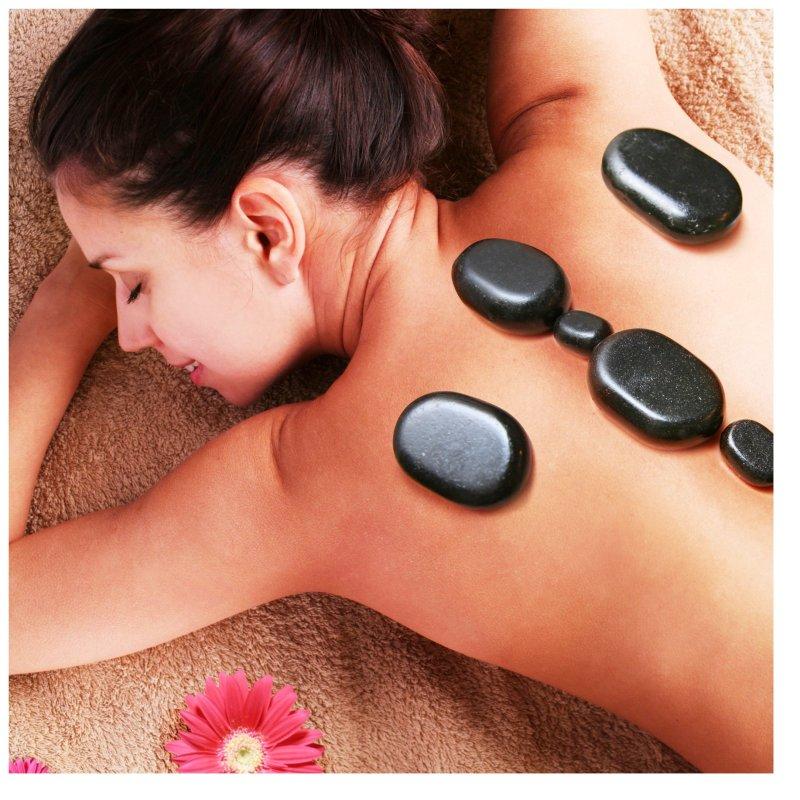 Hot Stones – sanfte Massage mit heißen Steinen